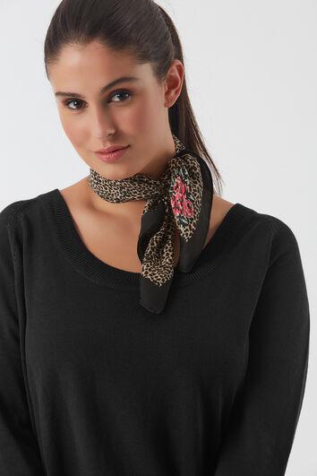 Dünner Schal mit Leoparden-Motiv
