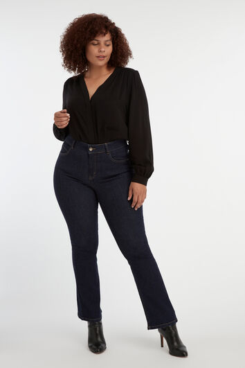 Magic Simplicity Flared-Leg SHAPES Jeans