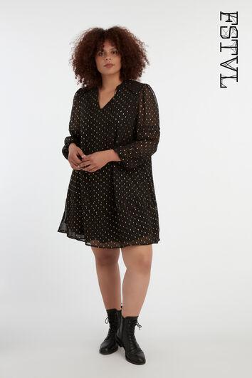 Kurzes Kleid aus durchsichtigem Stoff