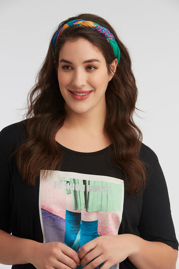 Farbenfroher Schal