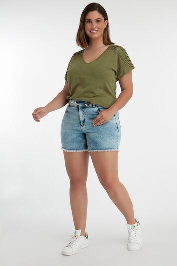 Shorts mit Riemenverschluss