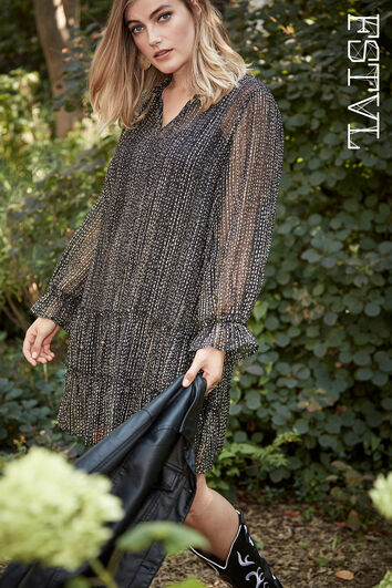 Halb-transparentes Kleid