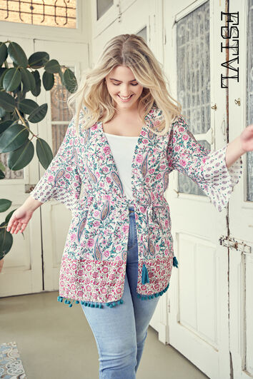 Kimono mit buntem Print