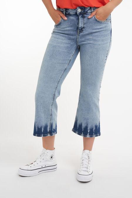 Kurze geschnittene Jeans mit Batik-Effekt