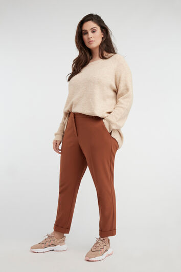 Lookbook Cognac Pants