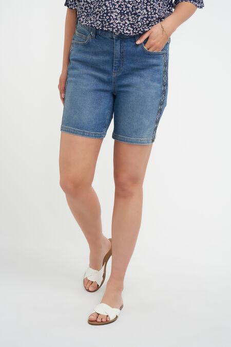 Jeans-Shorts mit Strasssteinen