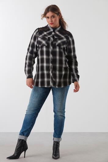 Plaid-Bluse mit Spitze